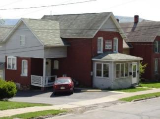 128 N Fairview Street Front Unit